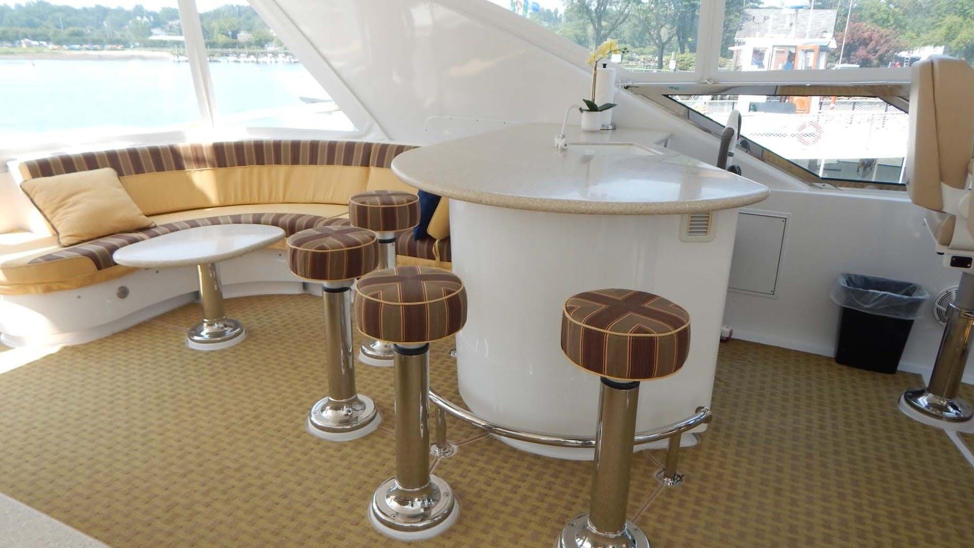 2007 Hatteras 80' 80 Motor Yacht Lady Carolina | Picture 2 of 45