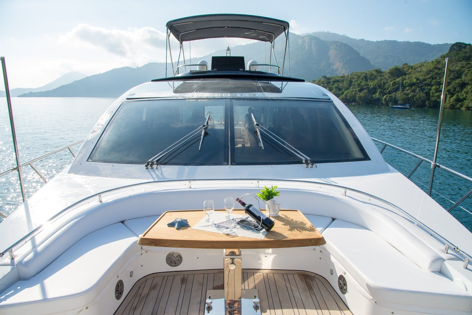 2013 Schaefer 80'  Sea Club R   Picture 7 of 50