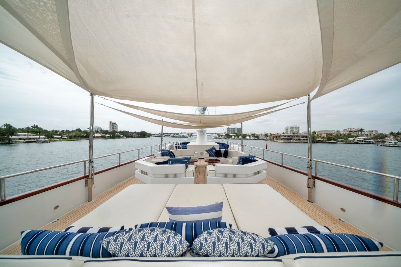1989 Benetti 151'  LADY S | Picture 4 of 42
