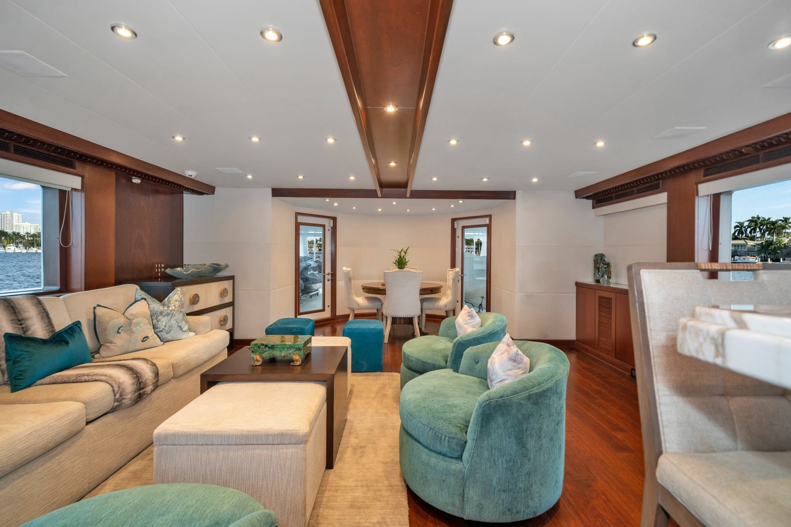 1989 Benetti 151'  LADY S | Picture 8 of 42