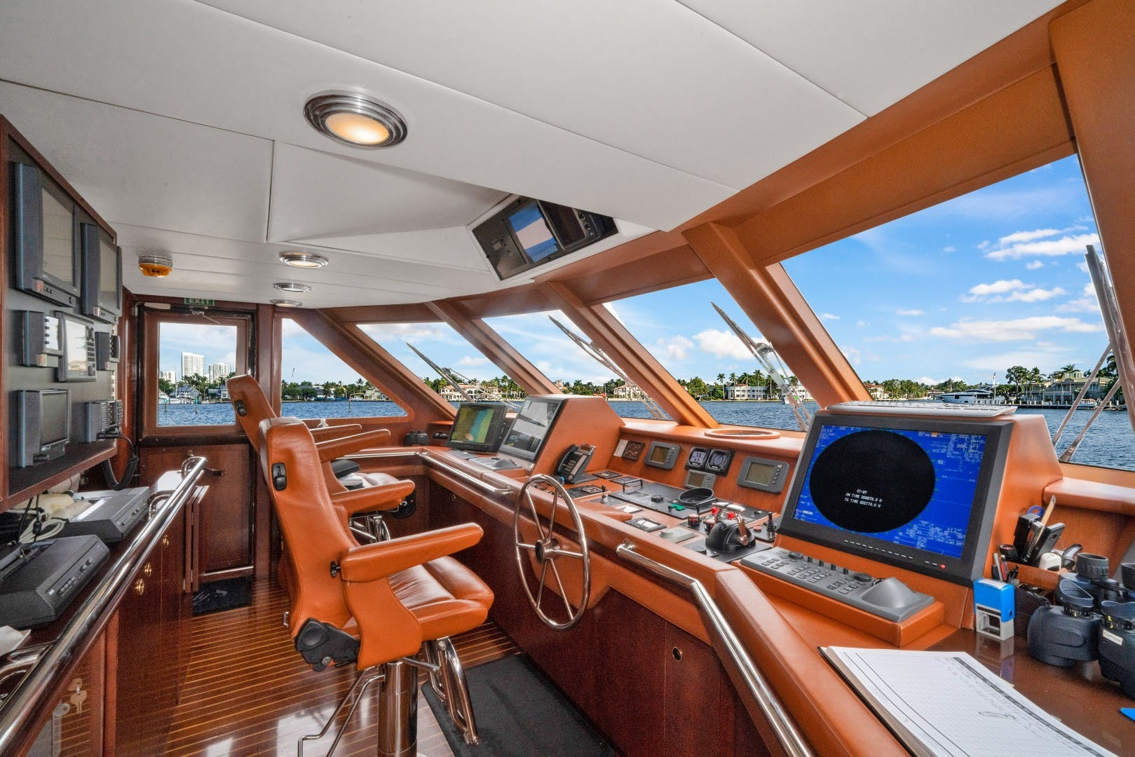 1989 Benetti 151'  LADY S | Picture 7 of 42