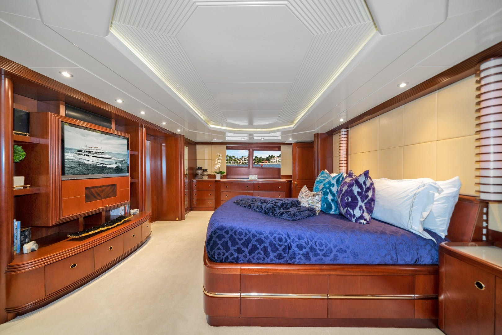 1989 Benetti 151'  LADY S | Picture 6 of 42