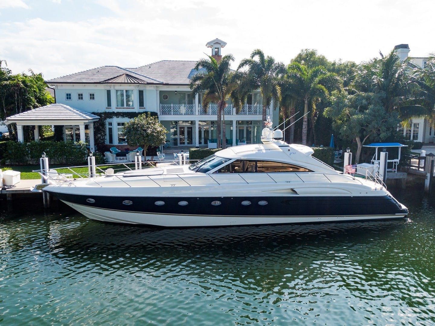 2002 Princess 65' Viking Sport Cruisers V65 Small Change | Picture 8 of 65