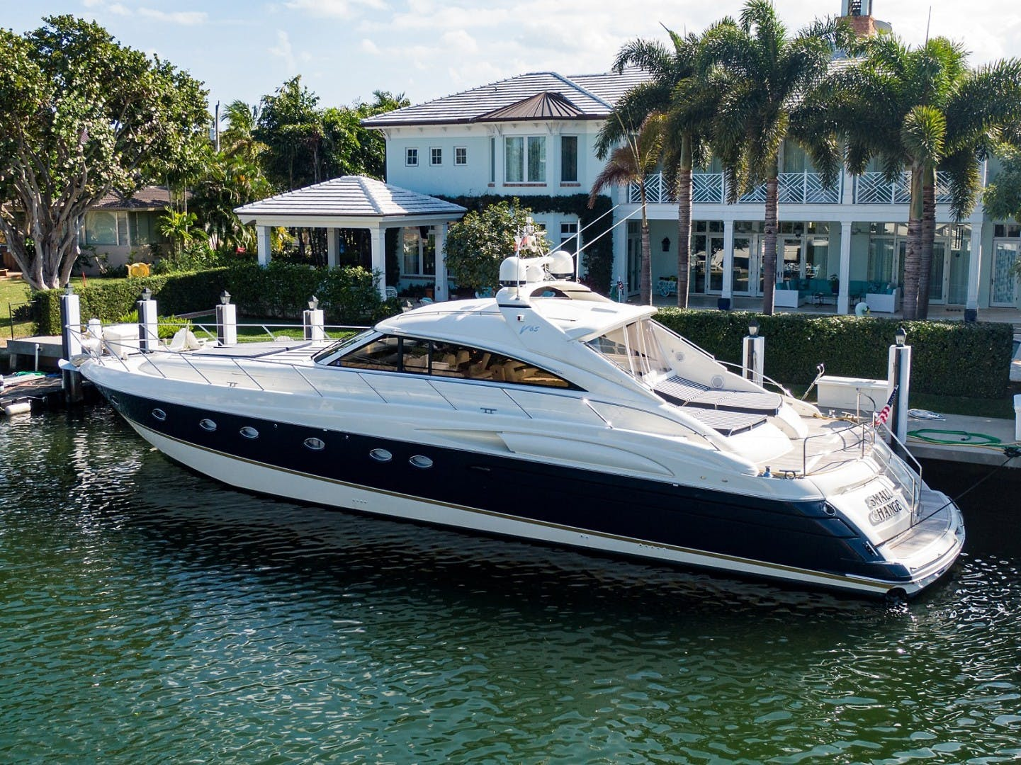 2002 Princess 65' Viking Sport Cruisers V65 Small Change | Picture 1 of 65
