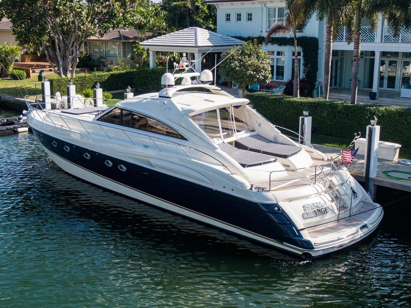2002 Princess 65' Viking Sport Cruisers V65 Small Change | Picture 2 of 65