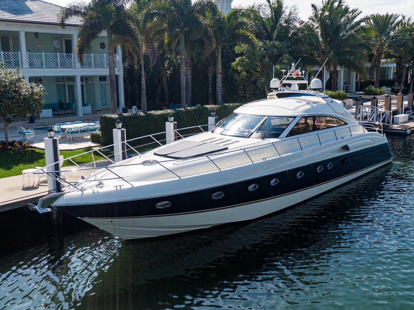 2002 Princess 65' Viking Sport Cruisers V65 Small Change | Picture 6 of 65