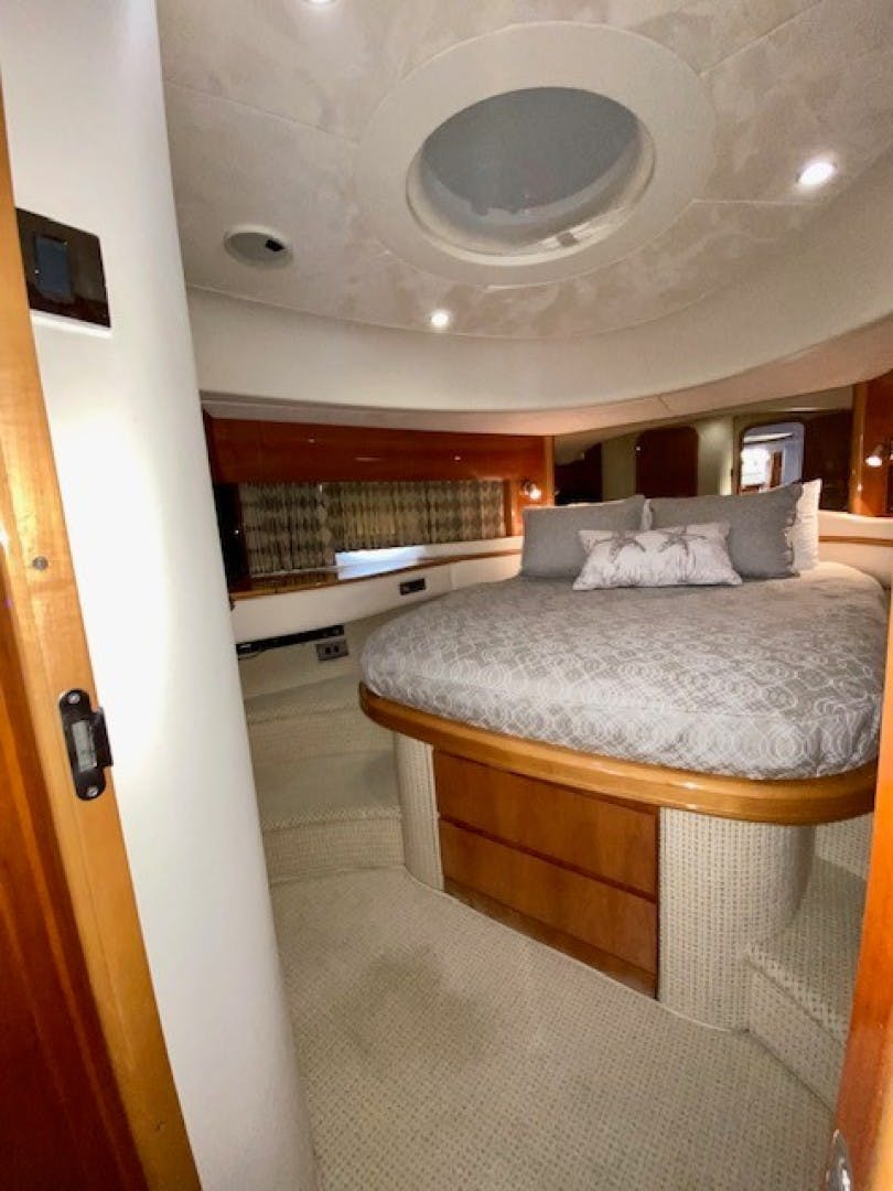 2002 Princess 65' Viking Sport Cruisers V65 Small Change | Picture 7 of 65