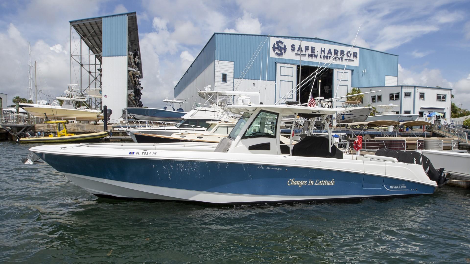 37' Boston Whaler 2012 370 Outrage