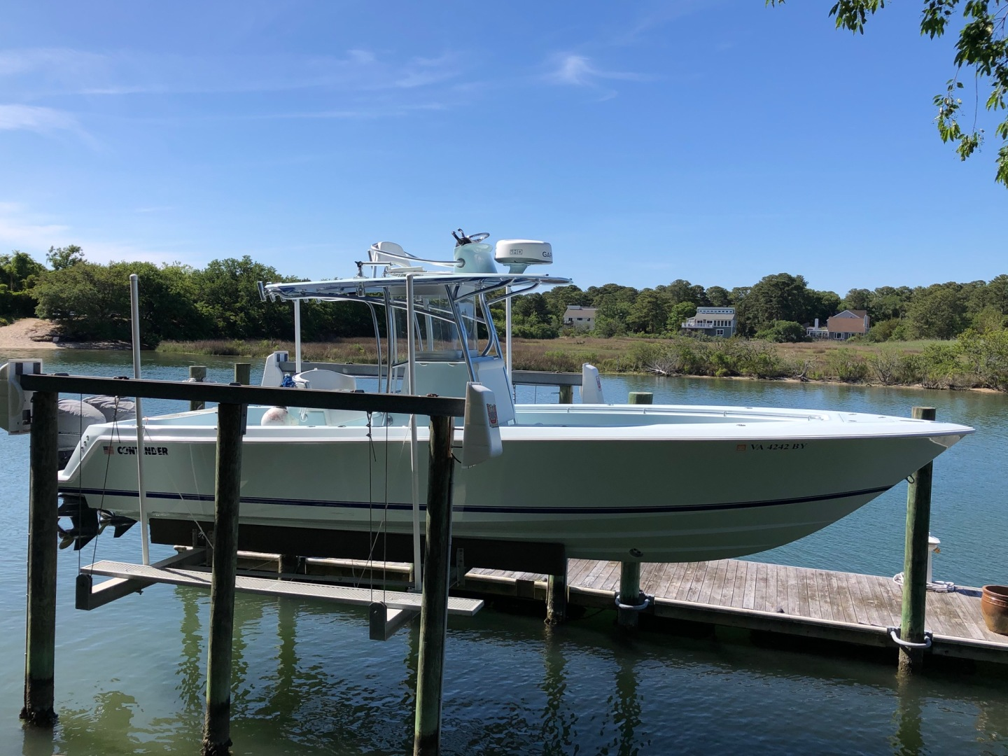 32' Contender 2016 32T w/ Cobia half tower
