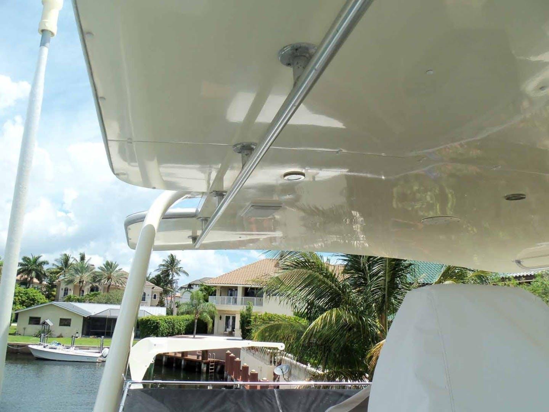 1987 Hatteras 63' Flush Deck Flybridge Motor Yacht GAS PASSER | Picture 5 of 82