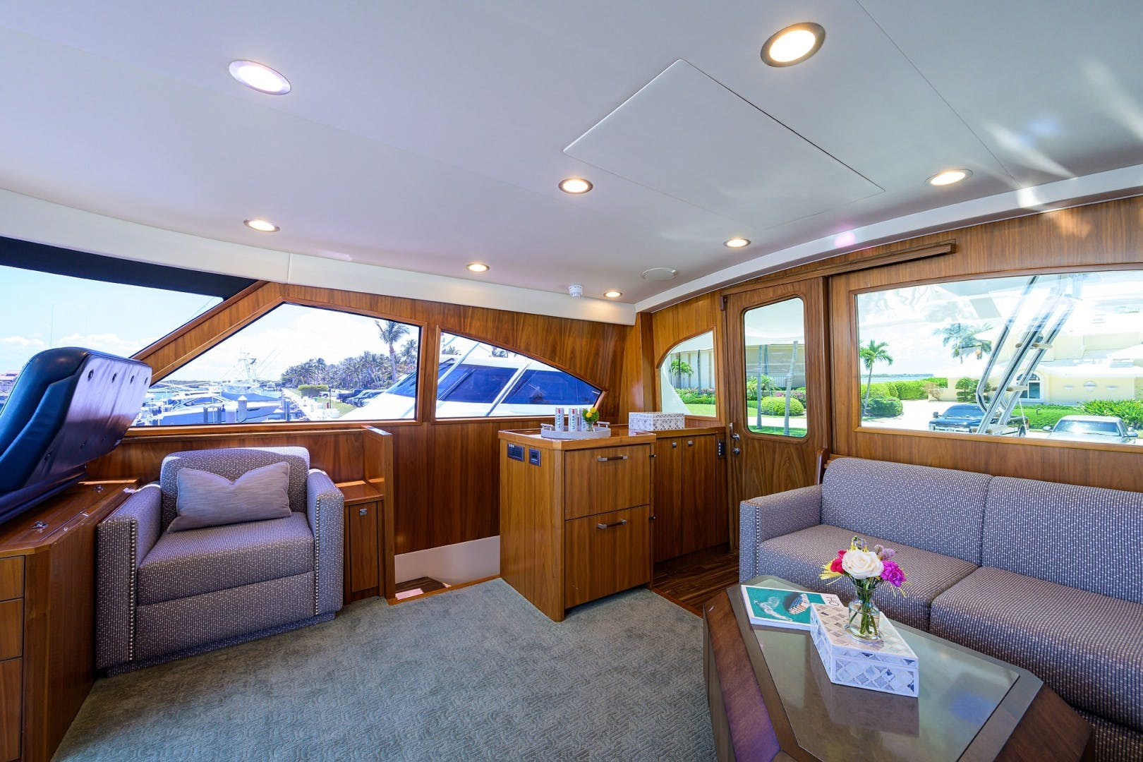 2016 Viking 92'  COMPLETELY KNOTS | Picture 5 of 61
