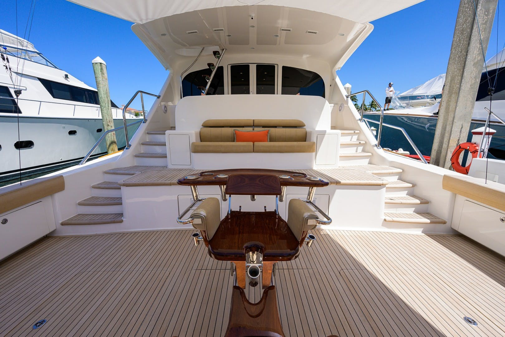 2016 Viking 92'  COMPLETELY KNOTS | Picture 7 of 61