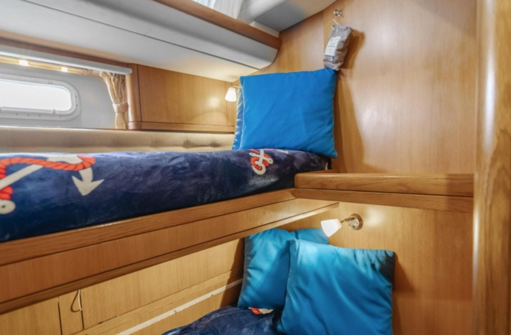 2002 Oyster 66' 66 Quest | Picture 3 of 37