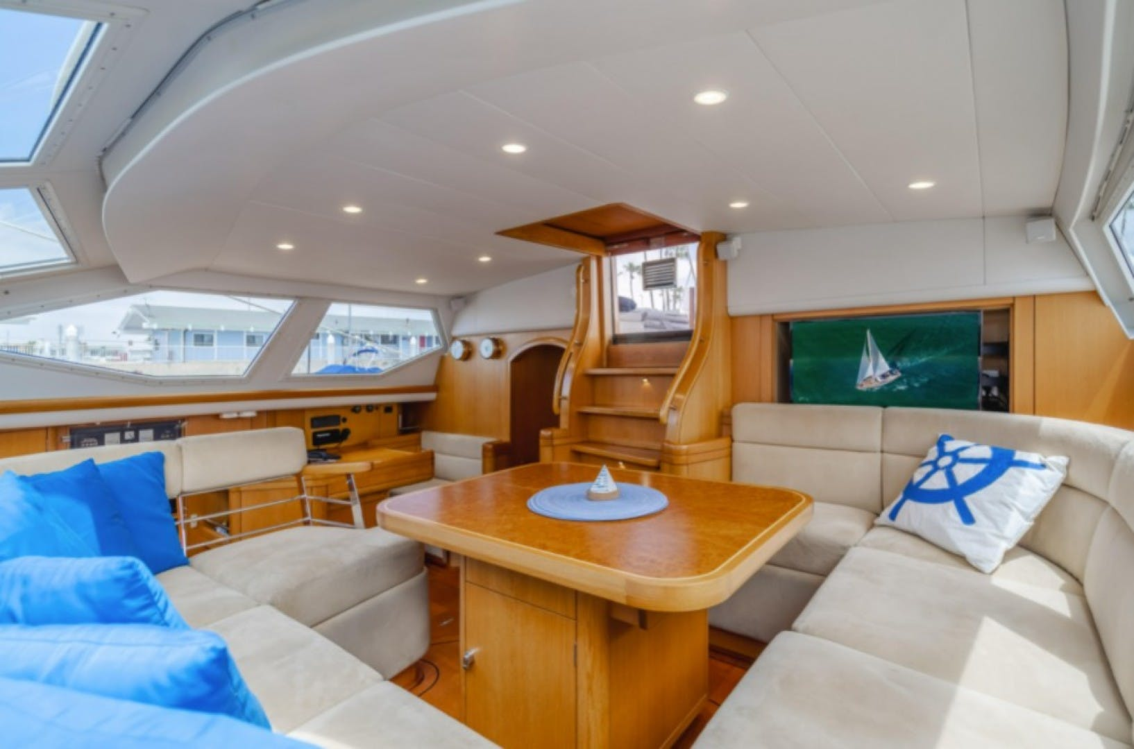 2002 Oyster 66' 66 Quest | Picture 5 of 37