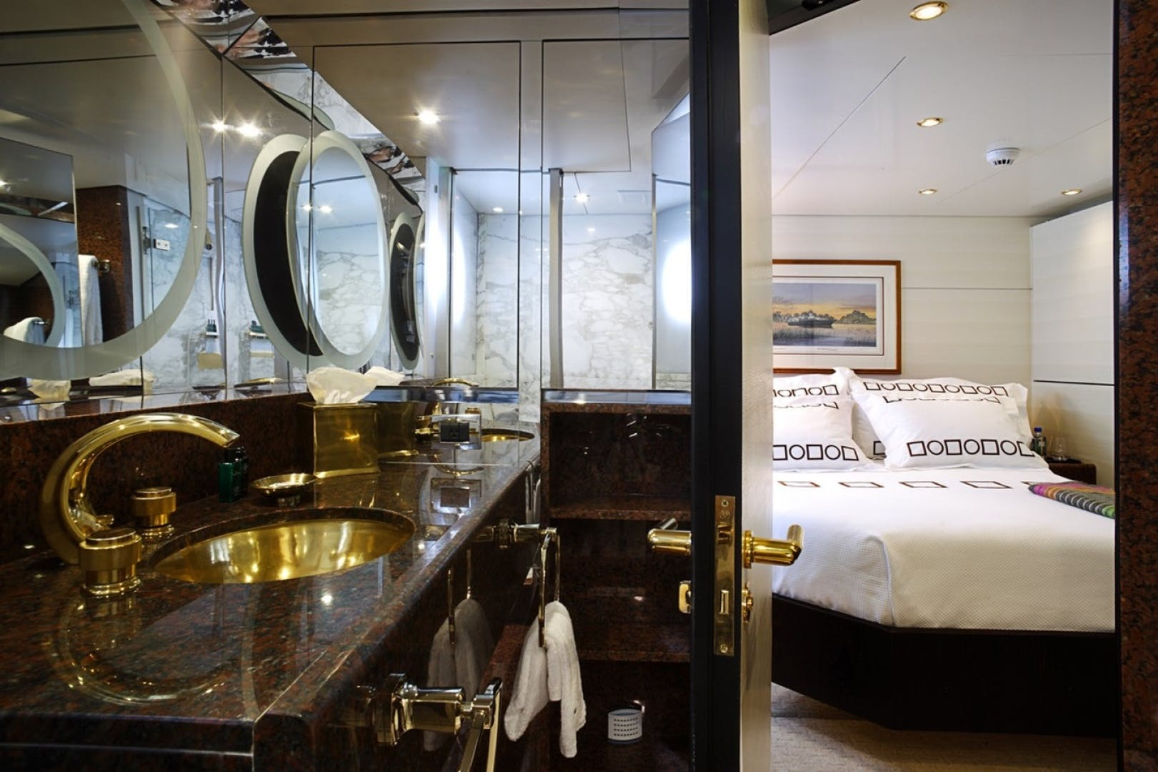 1986 Feadship 162'  HIGHLANDER   Picture 2 of 35