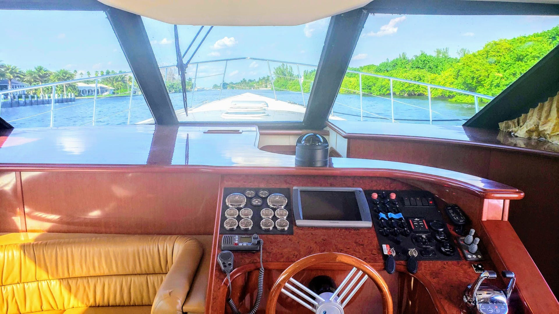 2008 Bluewater Yachts 65'  Motor Yacht Thai Princess II | Picture 6 of 55