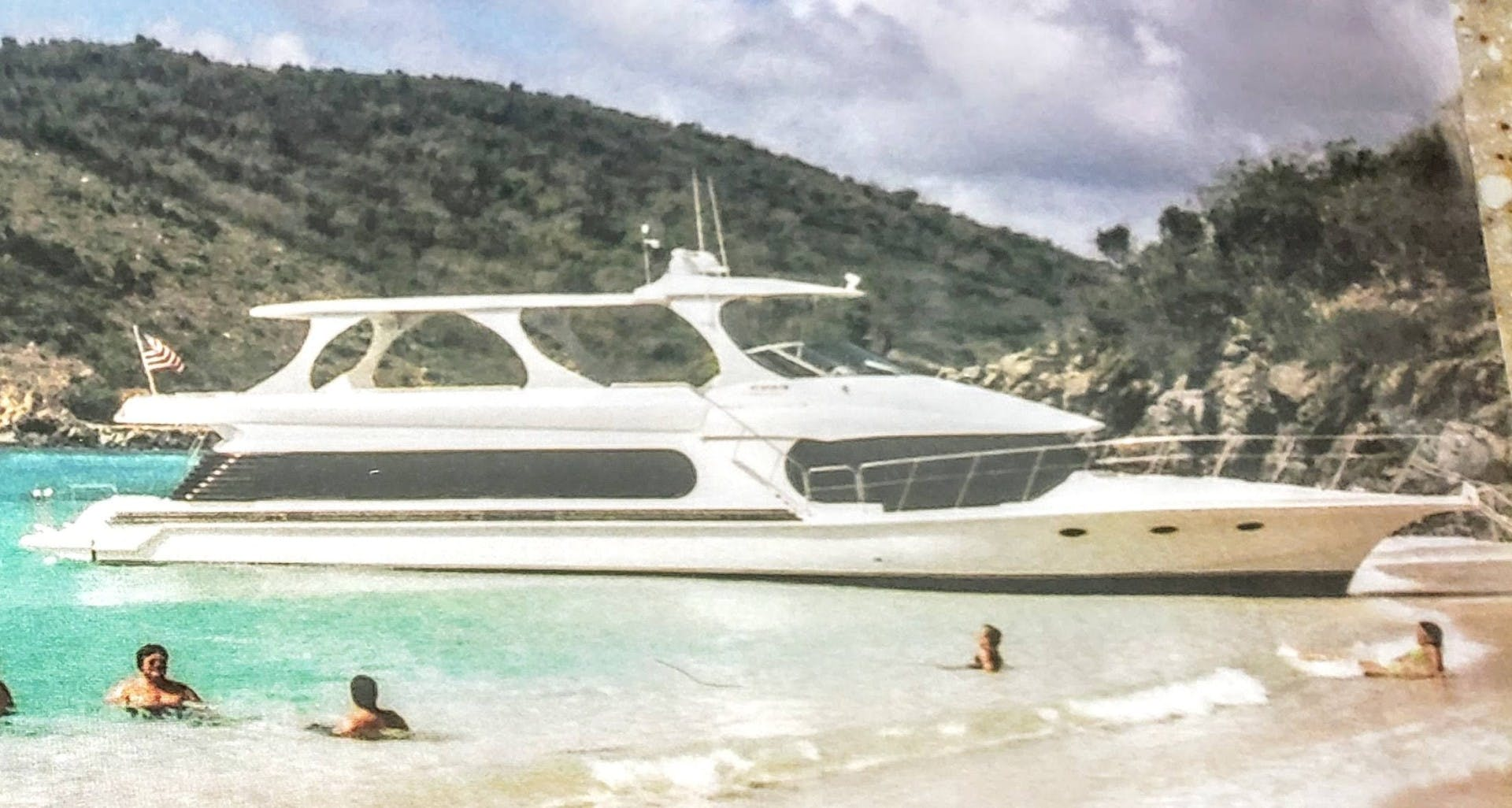 2008 Bluewater Yachts 65'  Motor Yacht Thai Princess II | Picture 5 of 55