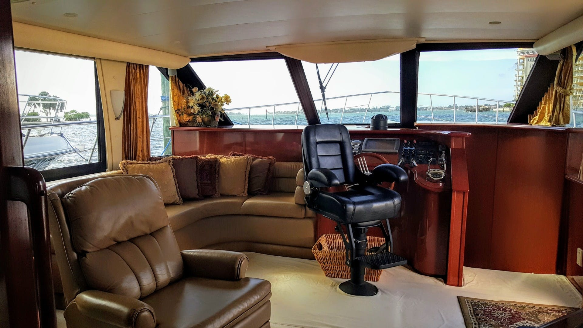 2008 Bluewater Yachts 65'  Motor Yacht Thai Princess II | Picture 8 of 55