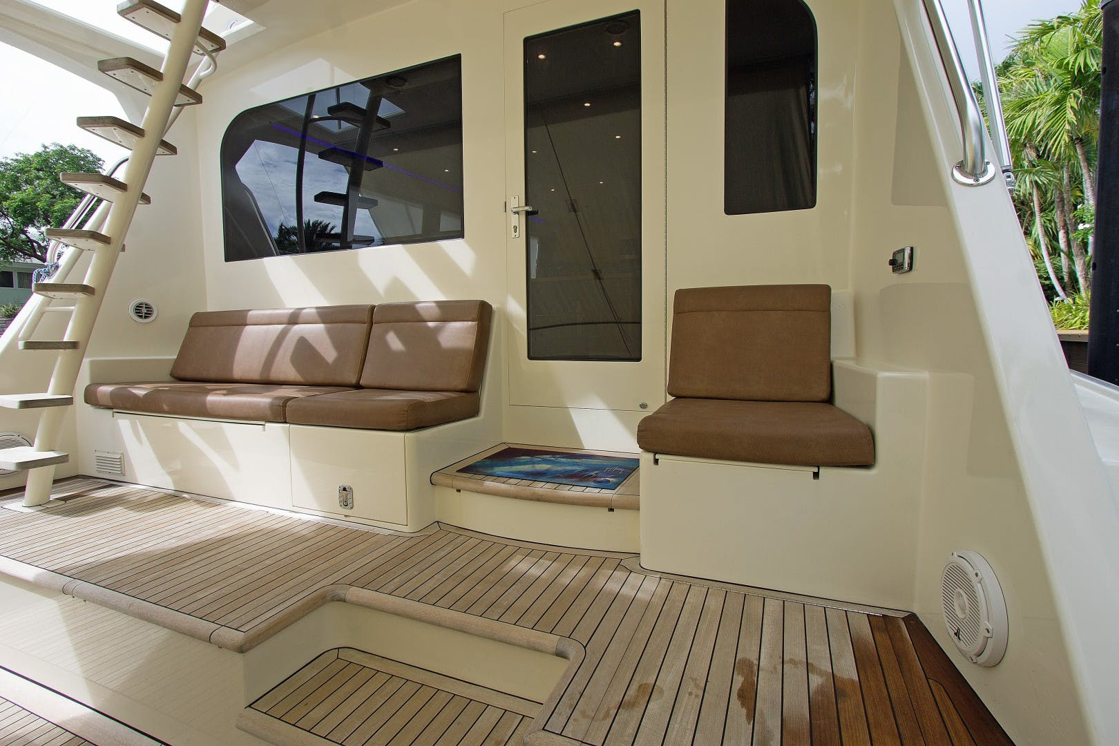 1989 Hatteras 65' Convertible Catch Me | Picture 3 of 39