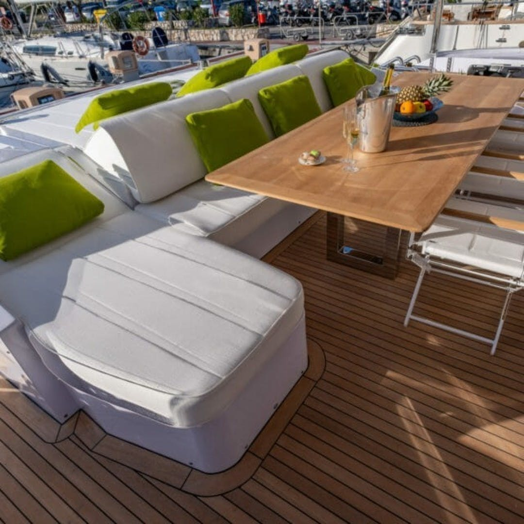 2019 PerMare 100' Motor Yacht     Picture 7 of 20