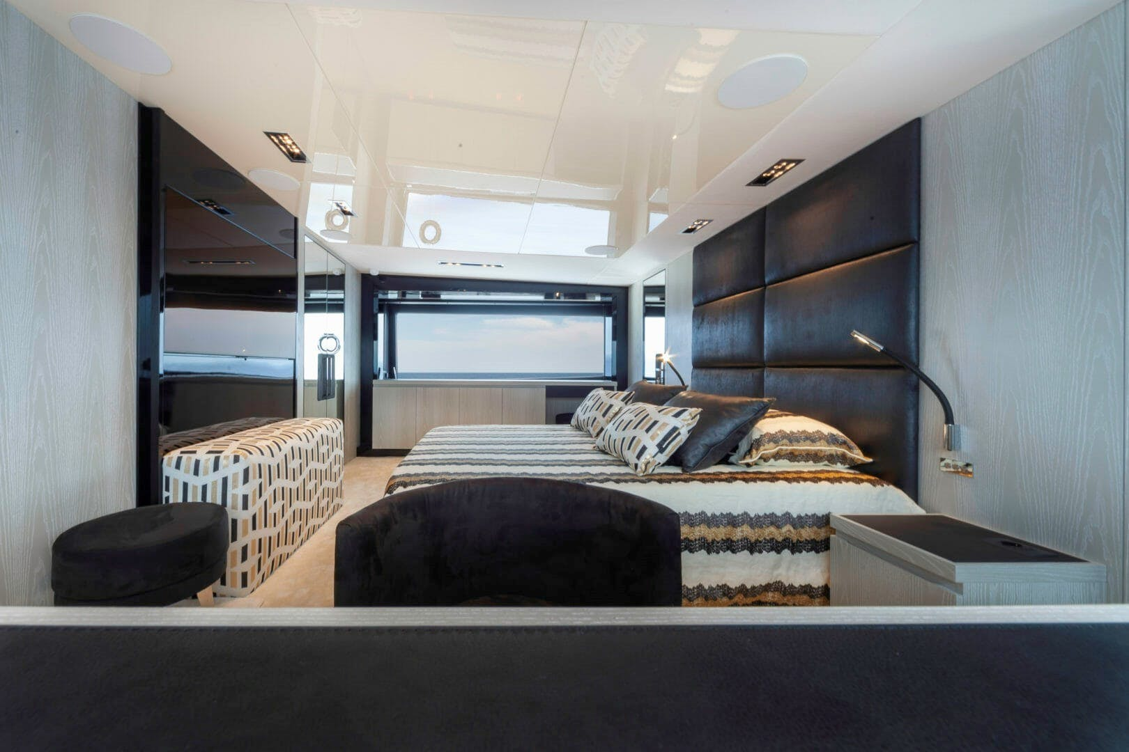 2019 PerMare 100' Motor Yacht     Picture 3 of 20