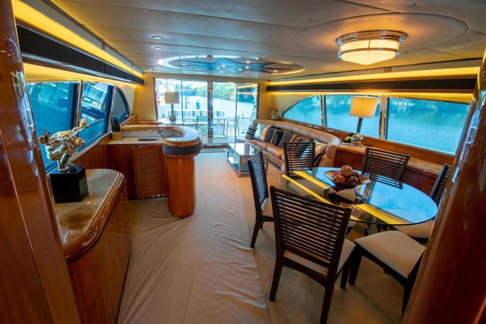 1994 Azimut 78'   | Picture 4 of 104