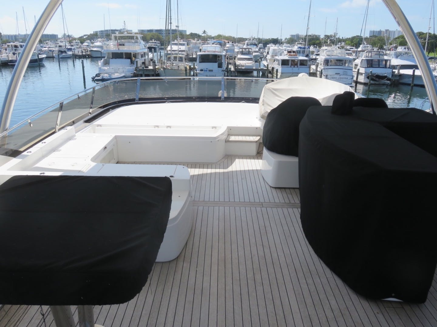 2014 Sunseeker 73'   | Picture 4 of 89