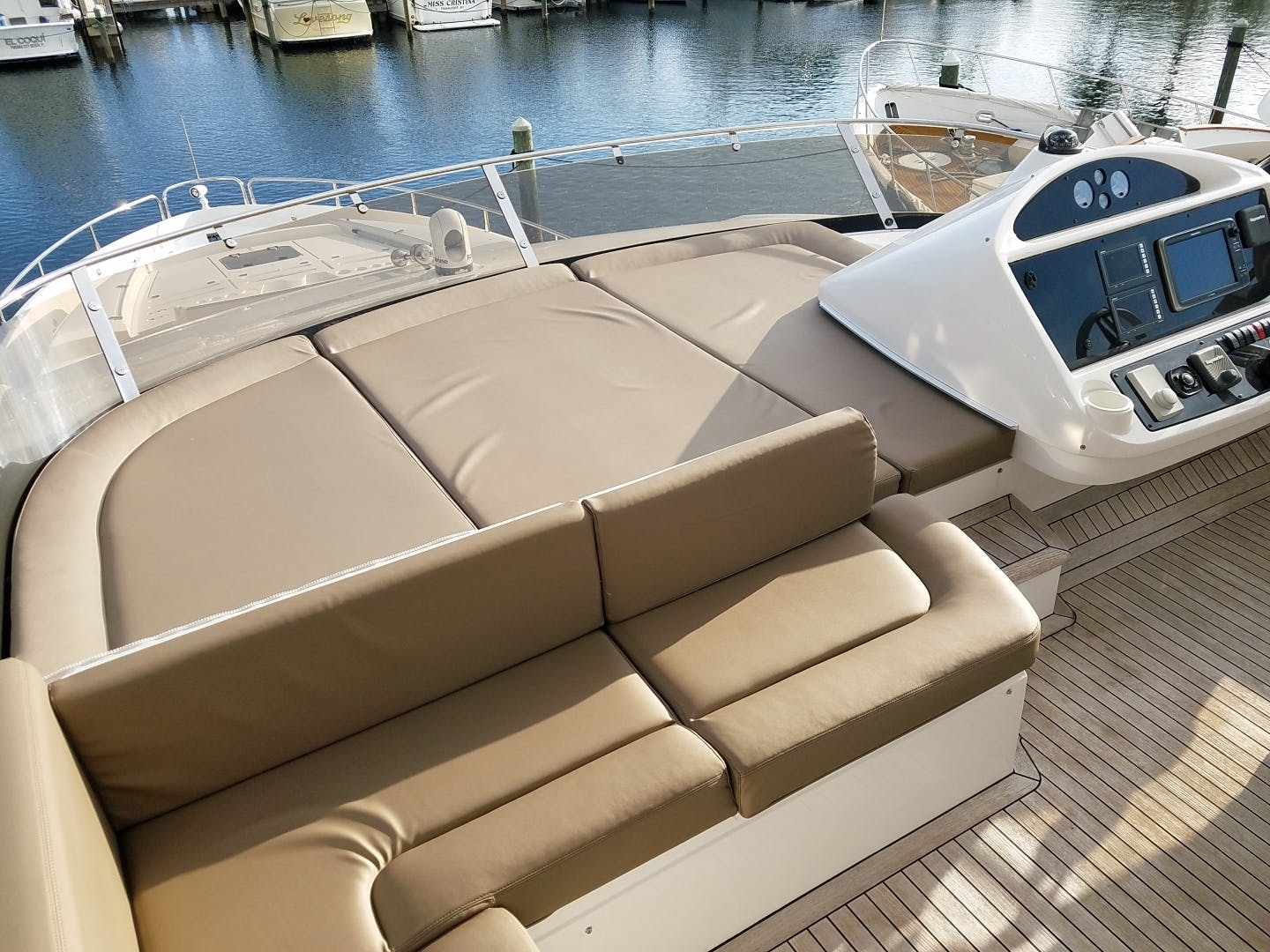 2014 Sunseeker 73'   | Picture 2 of 89