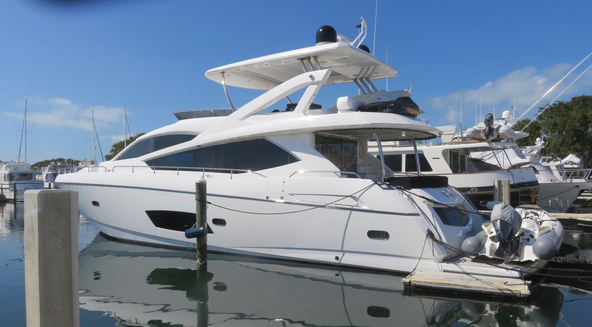2014 Sunseeker 73'   | Picture 3 of 89
