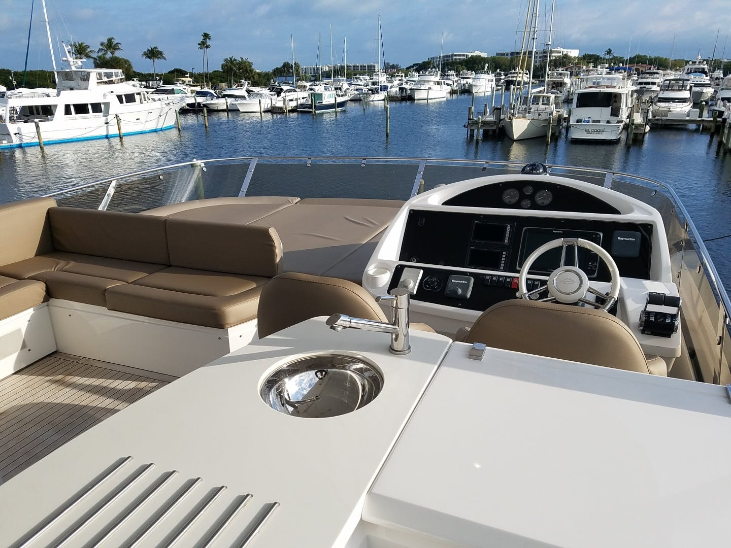 2014 Sunseeker 73'   | Picture 7 of 89