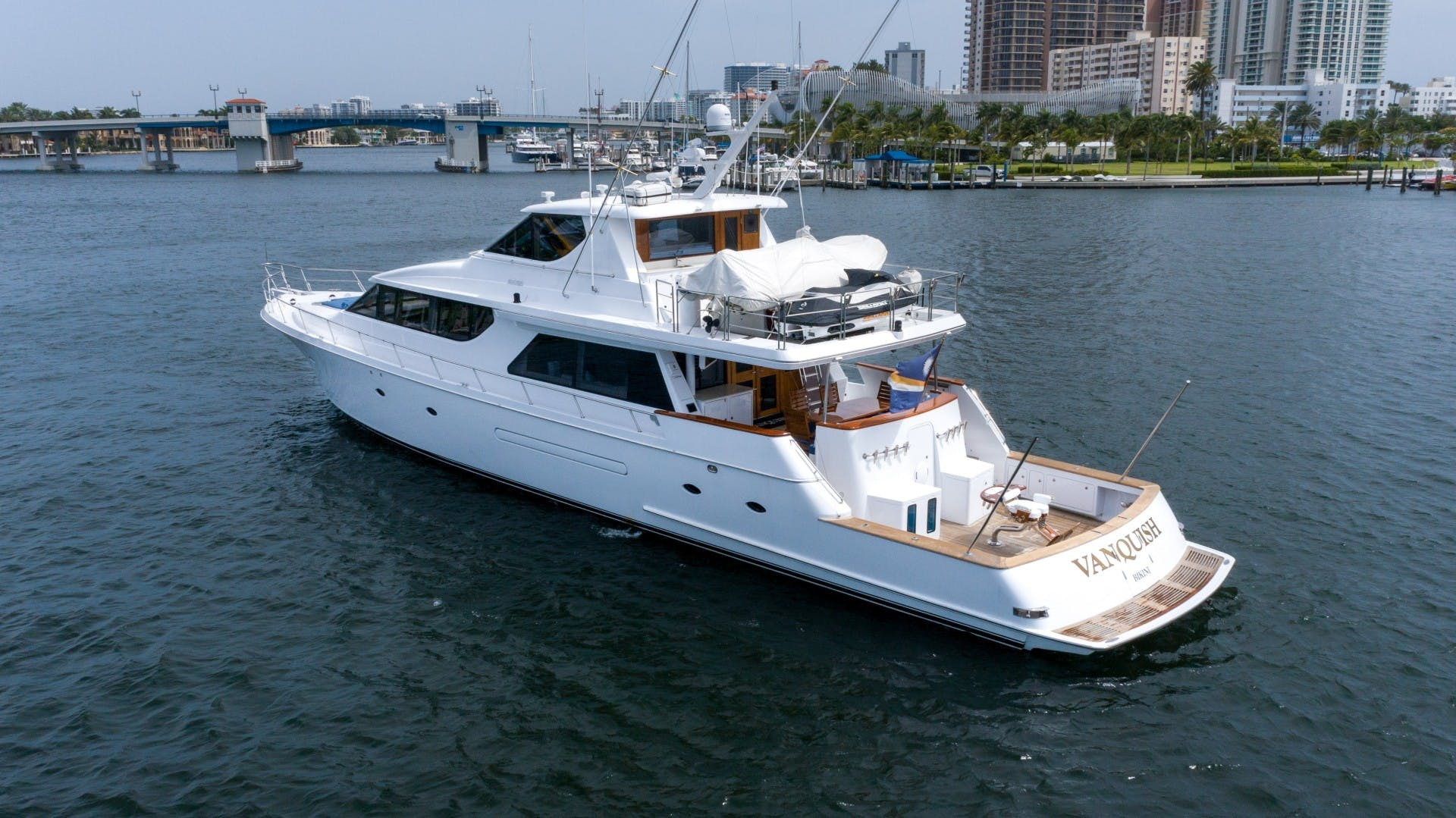 2003 West Bay 95'  VANQUISH   Picture 3 of 23