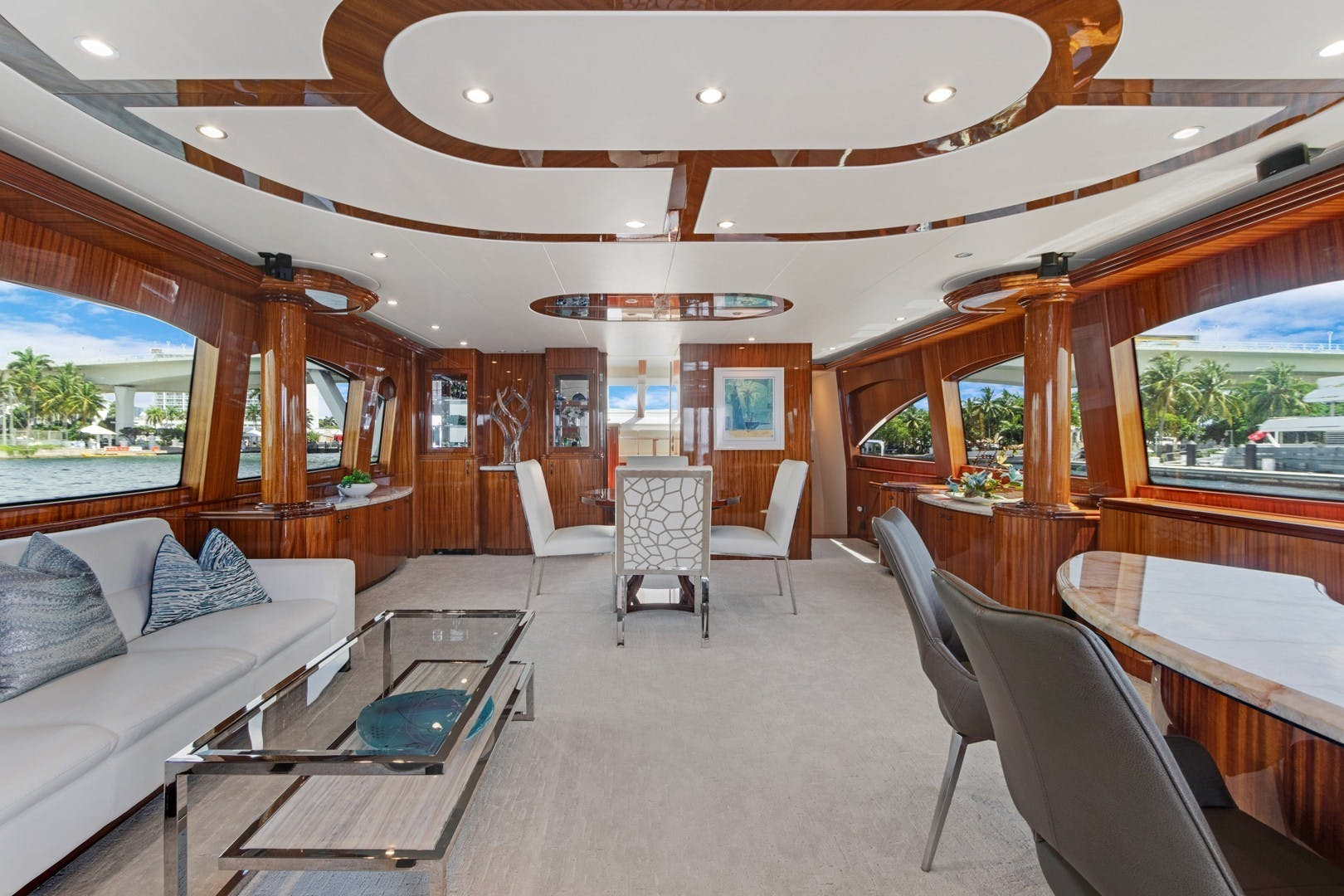 2012 Hatteras 80' Enclosed Bridge Motor Yacht OBSESSION   Picture 2 of 76