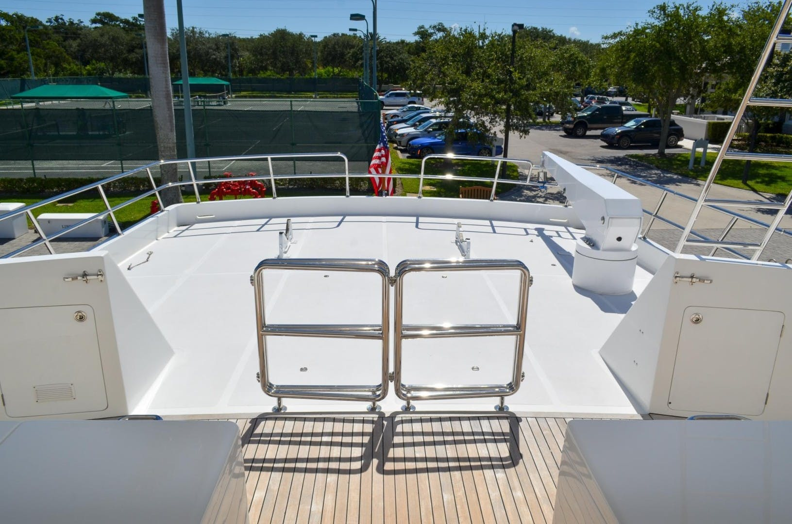 2008 Outer Reef Yachts 73' 730 MY Suzsea   Picture 6 of 105