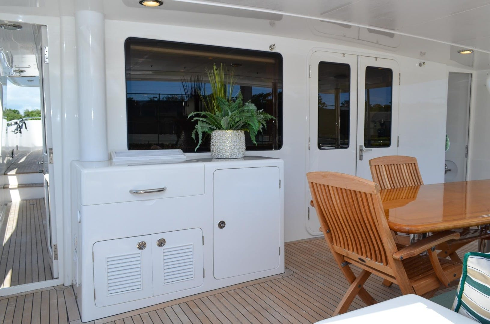 2008 Outer Reef Yachts 73' 730 MY Suzsea   Picture 7 of 105