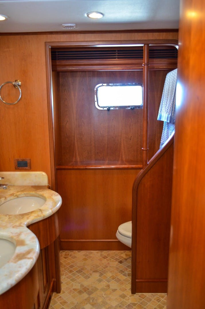 2008 Outer Reef Yachts 73' 730 MY Suzsea   Picture 8 of 105