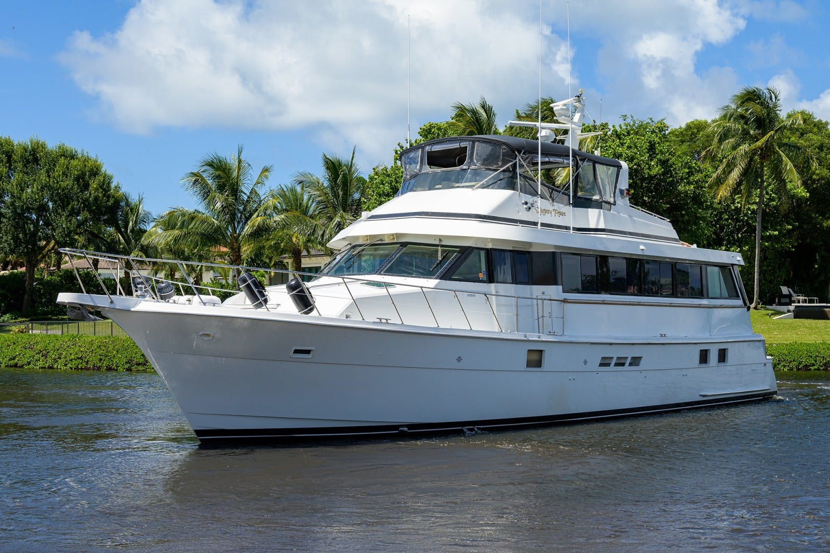 1996 Hatteras 70' Cockpit Motoryacht GYPSY ROSE | Picture 8 of 44