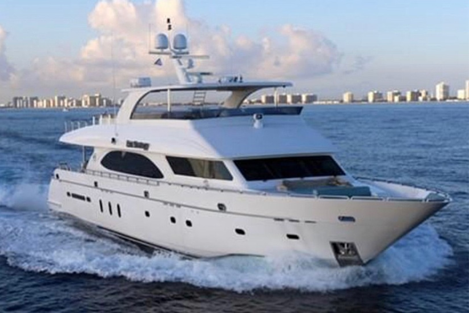 105' Hargrave 2006 105 Motor Yacht Exit Strategy