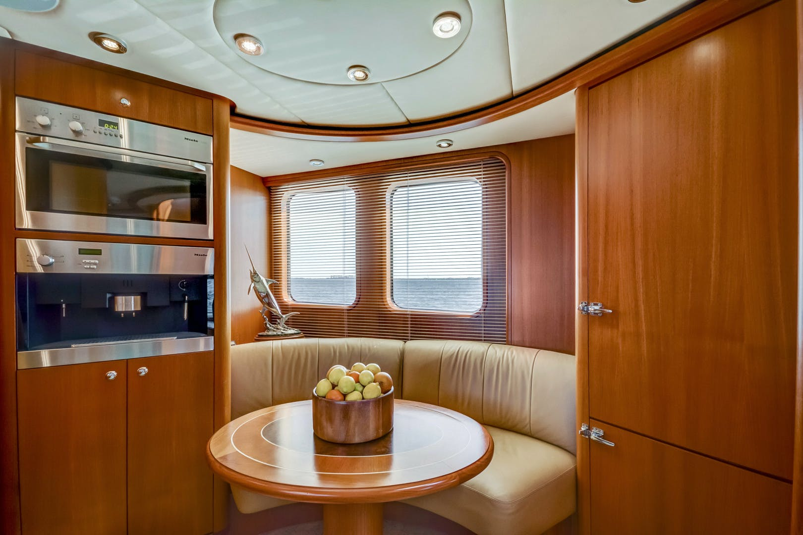 2002 Kuipers Woudsend 84' Raised Pilothouse LRC GUSTO | Picture 3 of 31