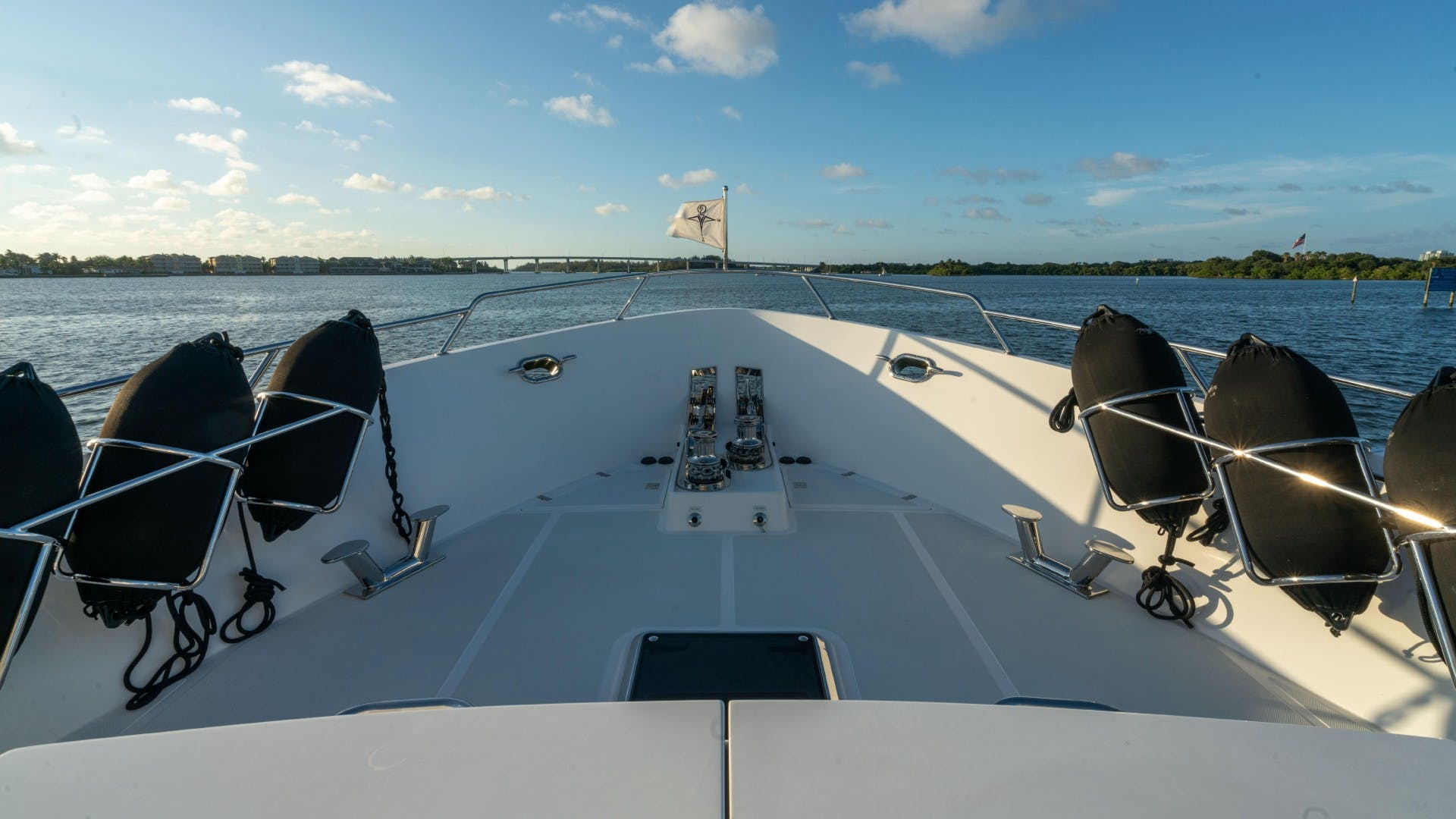 2018 Outer Reef Yachts 86' 860 DBMY- Sky Lounge Ruff Seas   Picture 2 of 89