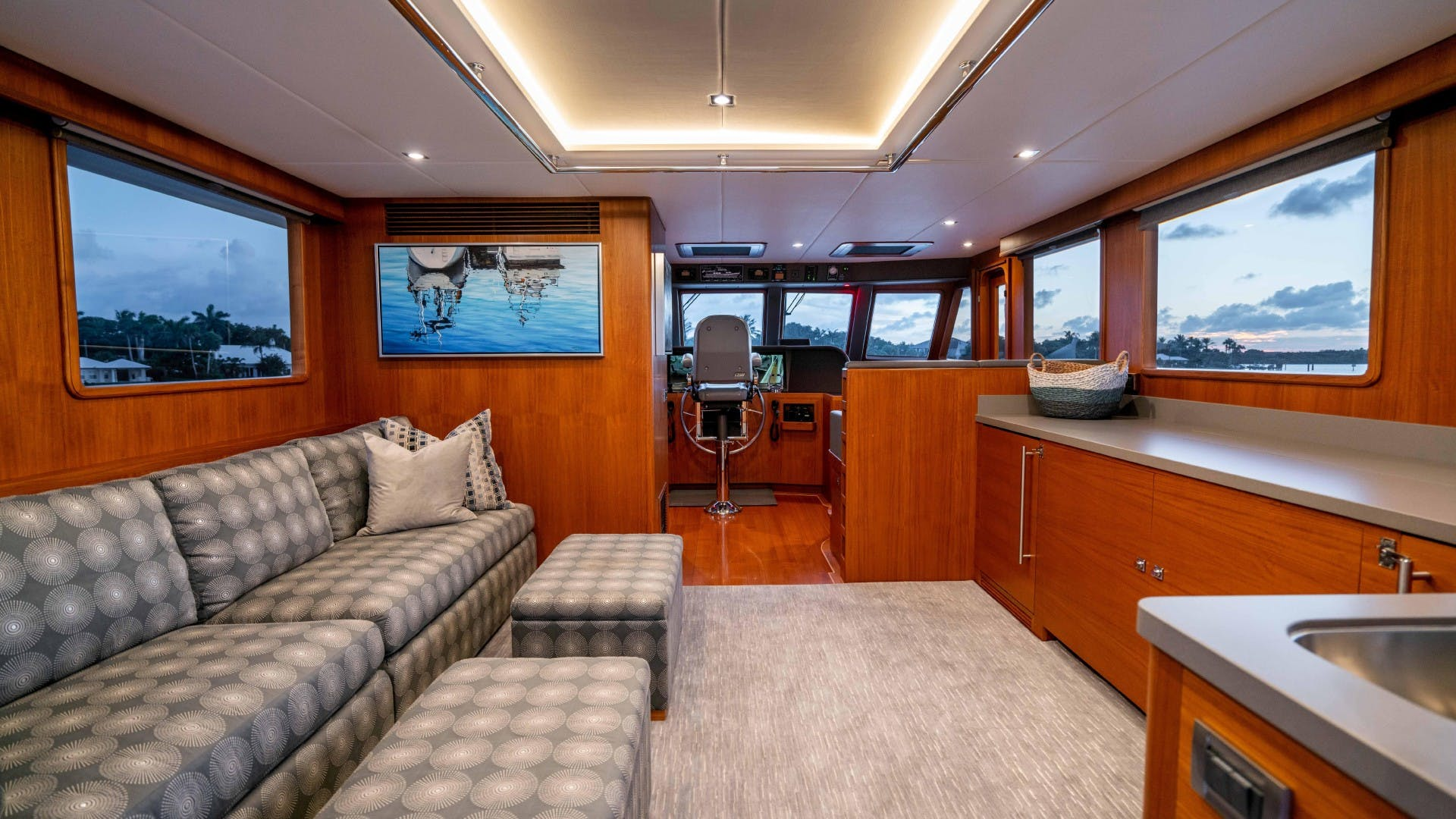 2018 Outer Reef Yachts 86' 860 DBMY- Sky Lounge Ruff Seas   Picture 8 of 89