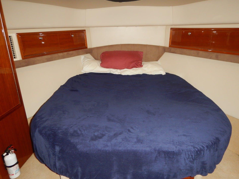 2005 Riviera 42' Flybridge No Worries Mate II   Picture 2 of 20