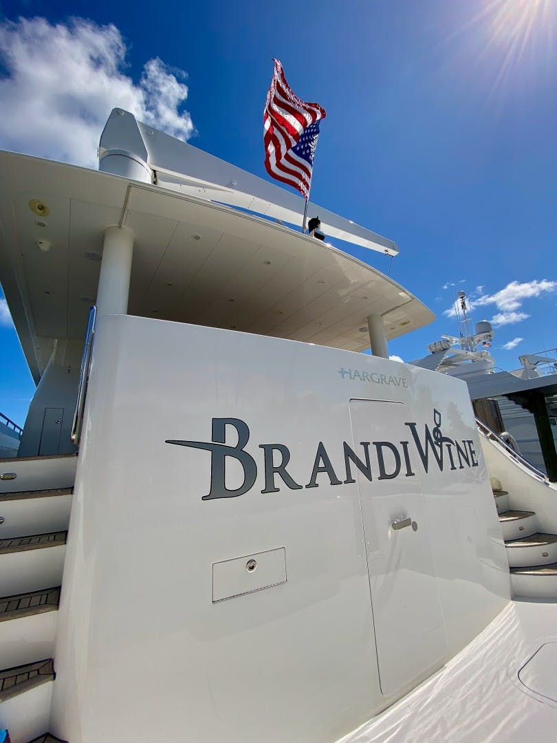 2009 Hargrave 114' Raised Pilothouse Brandi Wine   Picture 6 of 54