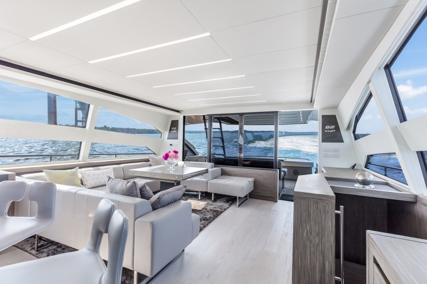 2018 Pershing 82' 82 Monarc   Picture 6 of 34