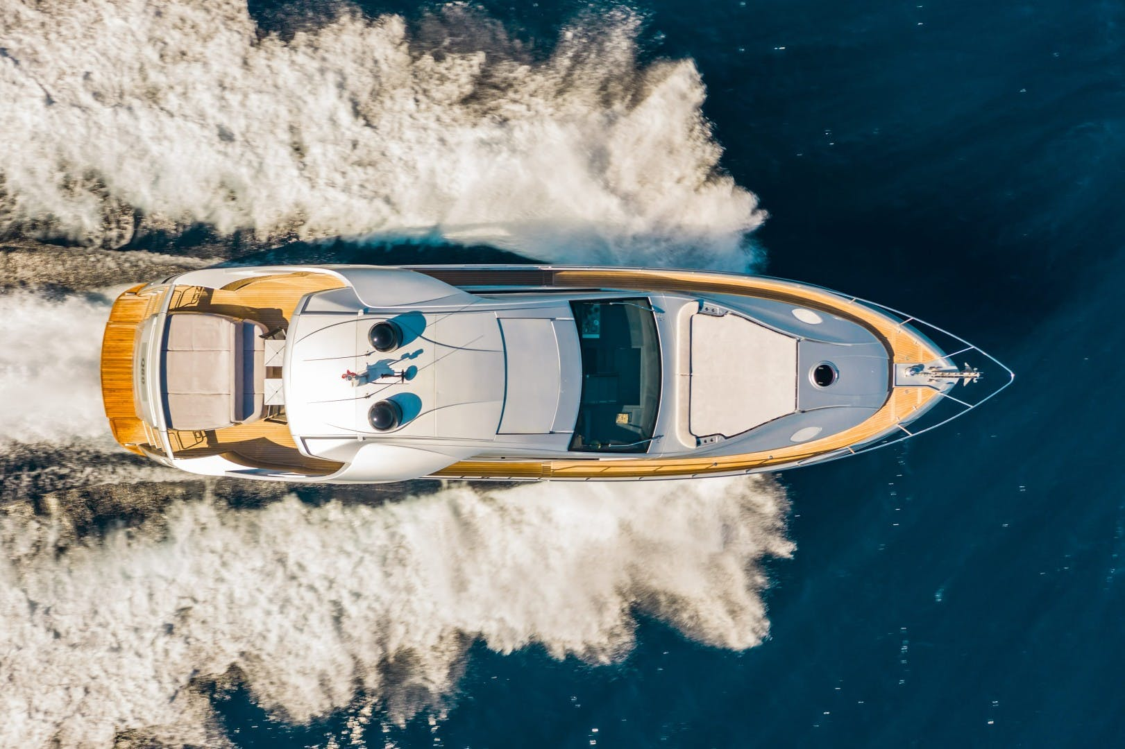 2016 Pershing 70' 70 Q80   Picture 8 of 29