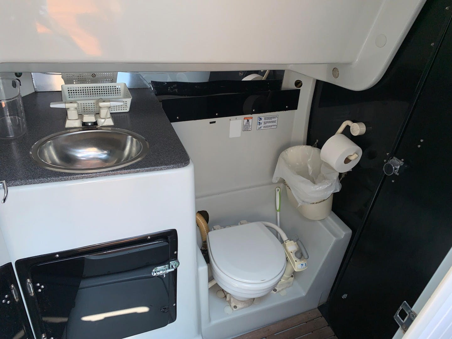 1989 Macgregor 65' Pilot House WING   Picture 6 of 84