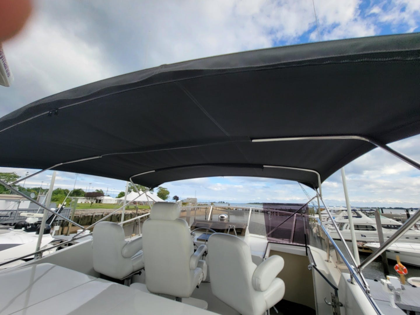 1986 Hatteras 72' 72 Cockpit Lady Patricia   Picture 1 of 114