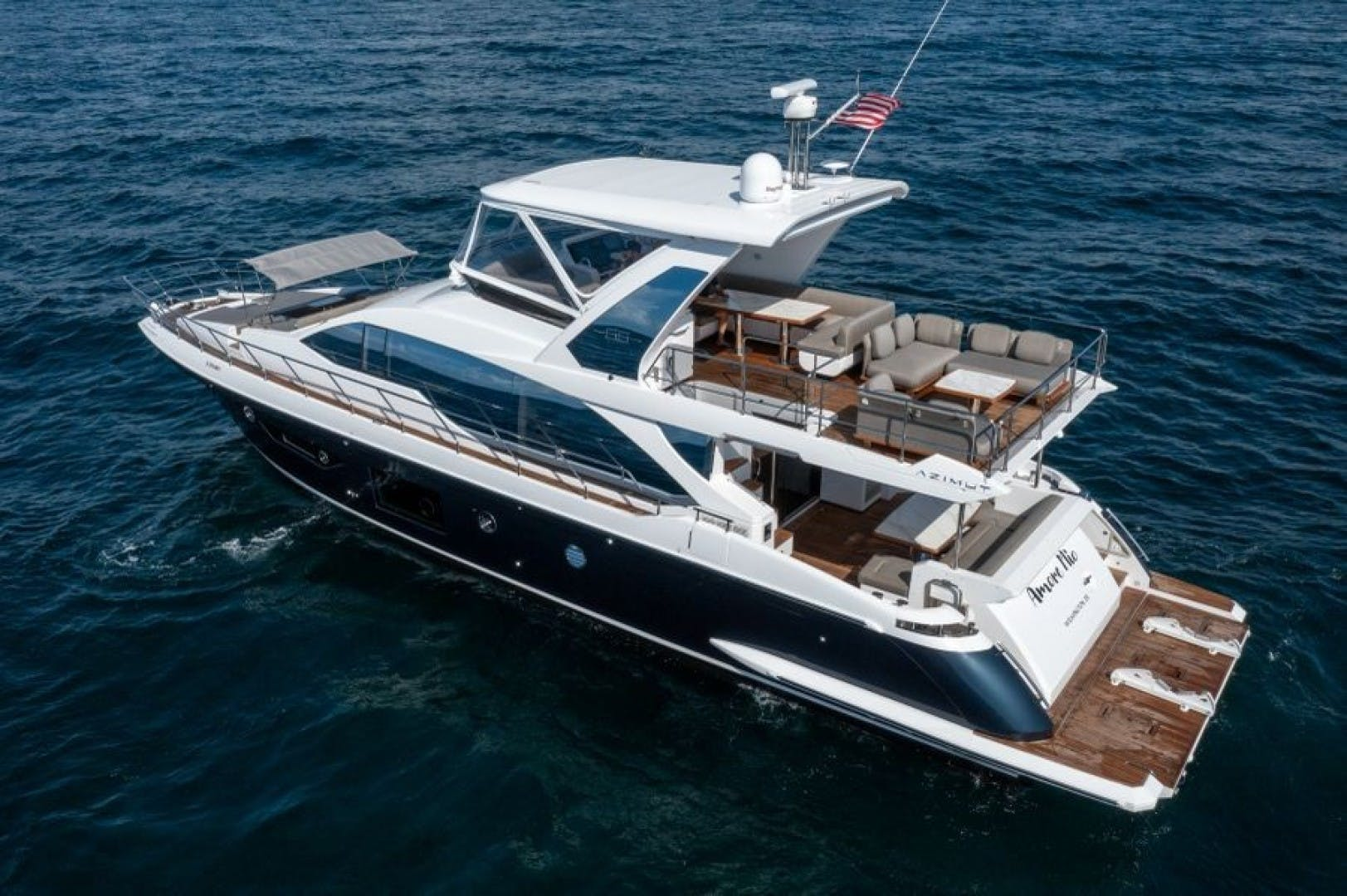 2021 Azimut 66' 66 Fly  | Picture 3 of 30