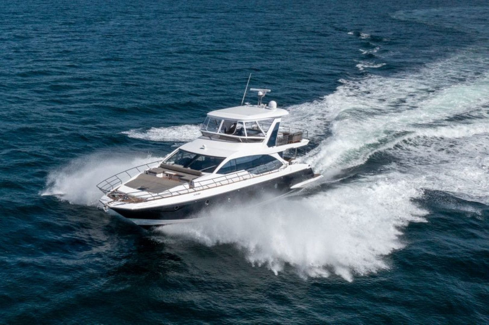 2021 Azimut 66' 66 Fly  | Picture 1 of 30