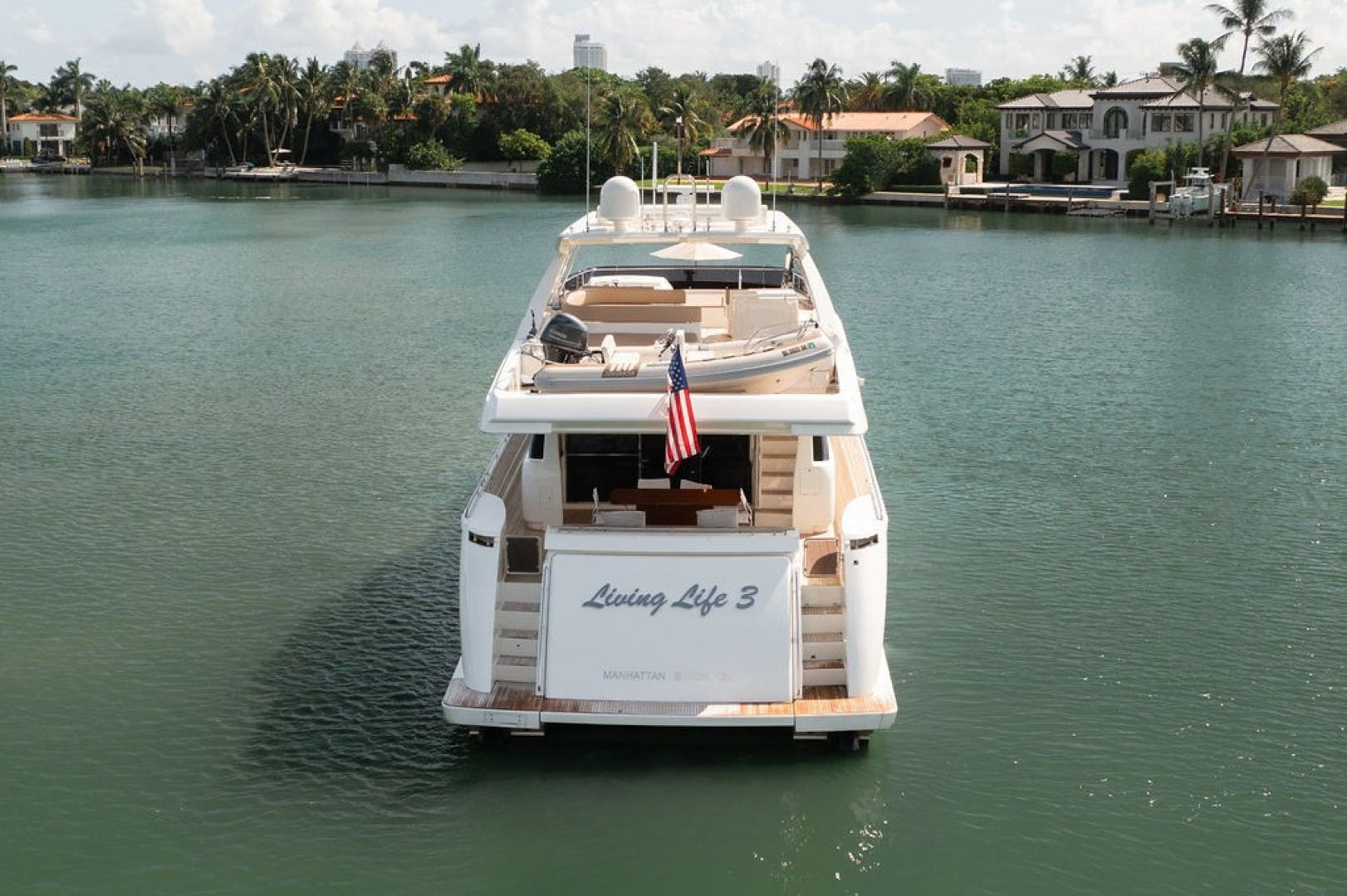 2014 Ferretti Yachts 80' F800 Living Life 3   Picture 2 of 82