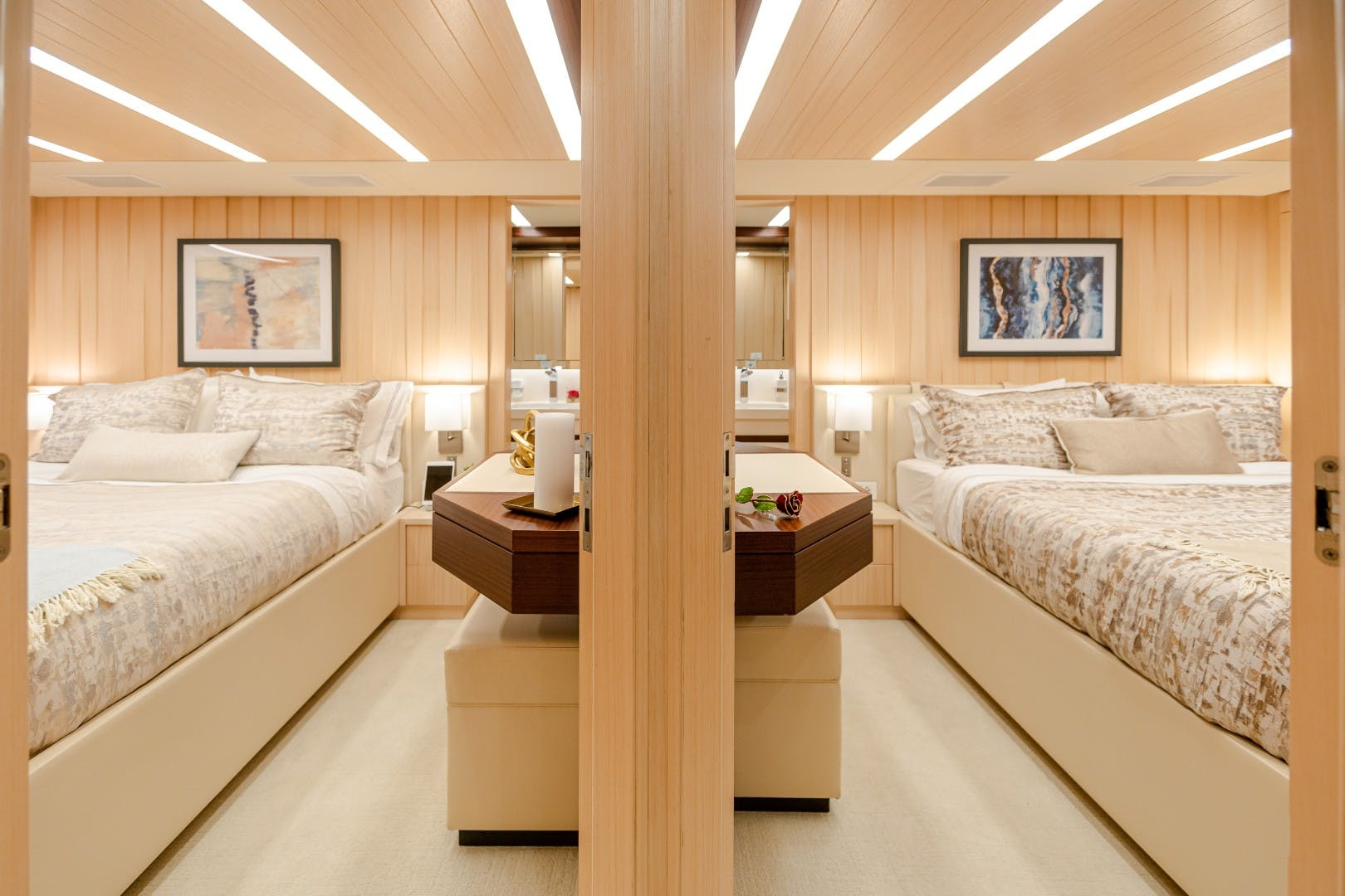 2015 Benetti 108' Tradition Supreme KELLY ANN | Picture 5 of 49